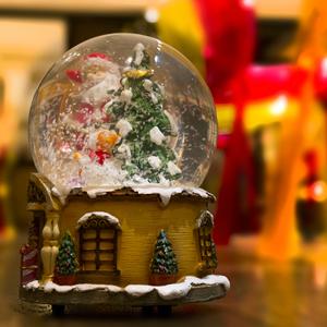 キャラクター アクリル ポリレジン クリスマス 記念品 高級 ウォータードーム 置物